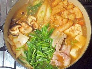 コク旨★みんなに人気の野菜たっぷり豚キムチ鍋