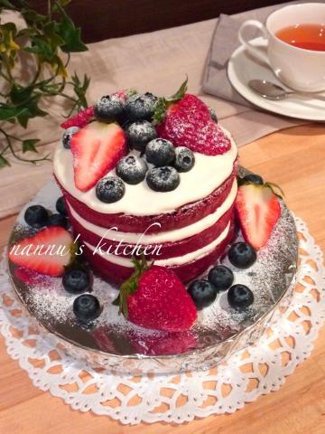レッドベルベット・ネイキッドケーキ