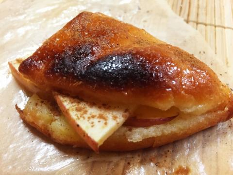 焼きドーナッツのアップルサンド