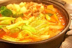 野菜がたくさんとれる!トマト鍋