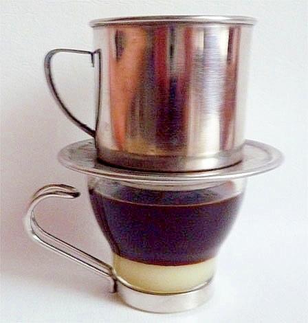 手作り練乳で ベトナムコーヒー