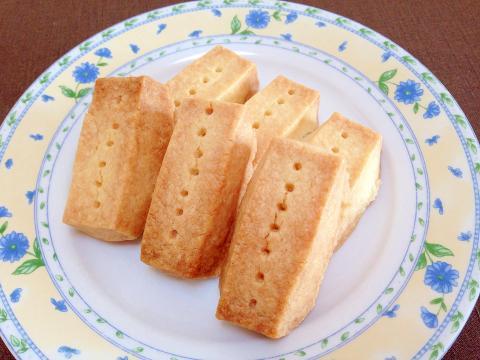 材料3つ☆バターたっぷり贅沢ショートブレッド