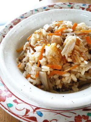 鶏ごぼうの炊き込みご飯