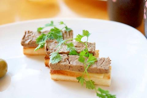 家フレンチ!☆オードブルに牛肉とゴボウのリエット